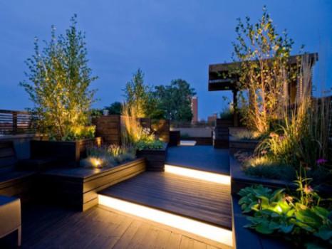 iluminación escaleras jardín