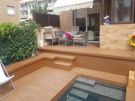 madera en jardin